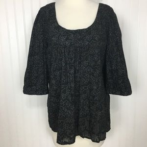 Great Northwest 1/2 sleeve black pleated top L